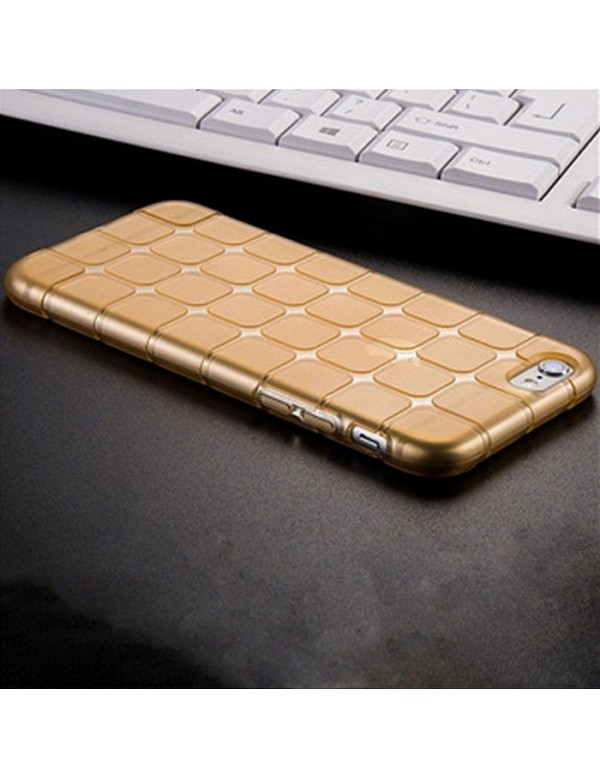 Coque iPhone 7/8 en silicone or translucide petits carrés