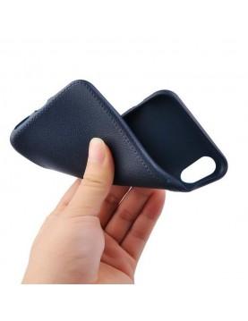Coque téléphone iPhone X/XS en silicone noir imitation cuir.